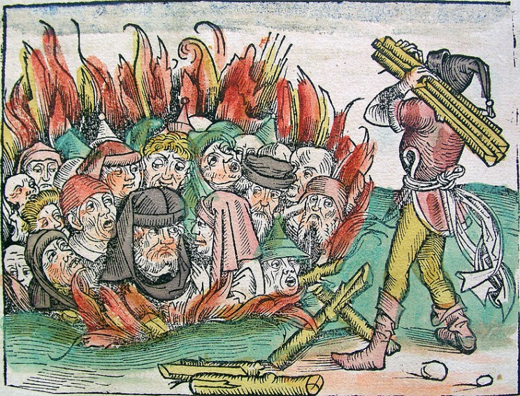 burningofjews-744x566