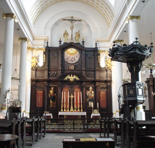 St_Magnus_The_Martyr_Interior